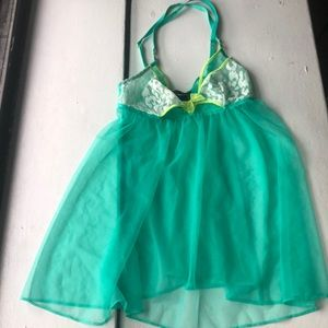 nwt Vs sheer green Teddy S